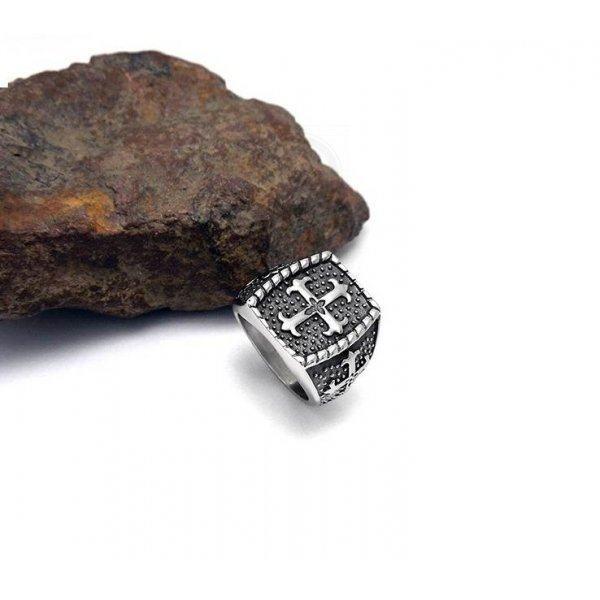 Мужская печатка c крестом стальная R8048