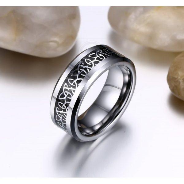 Кольцо из вольфрама с карбоном RW1736