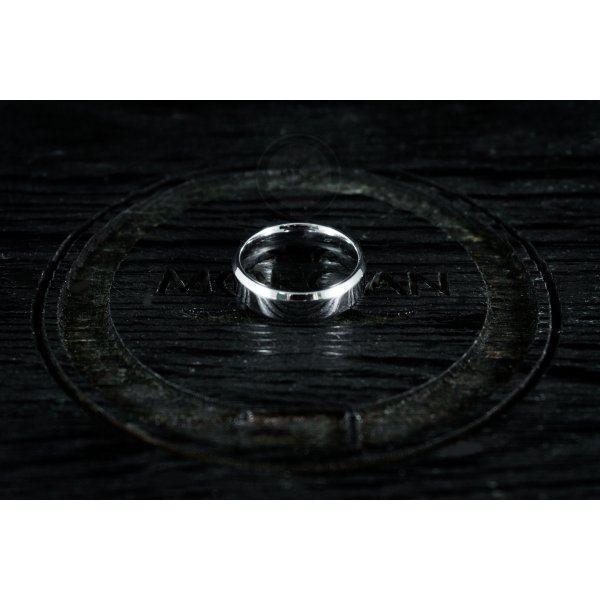 Кольцо из стали базовое