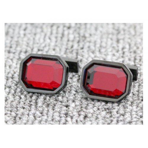 Запонки с красным камнем