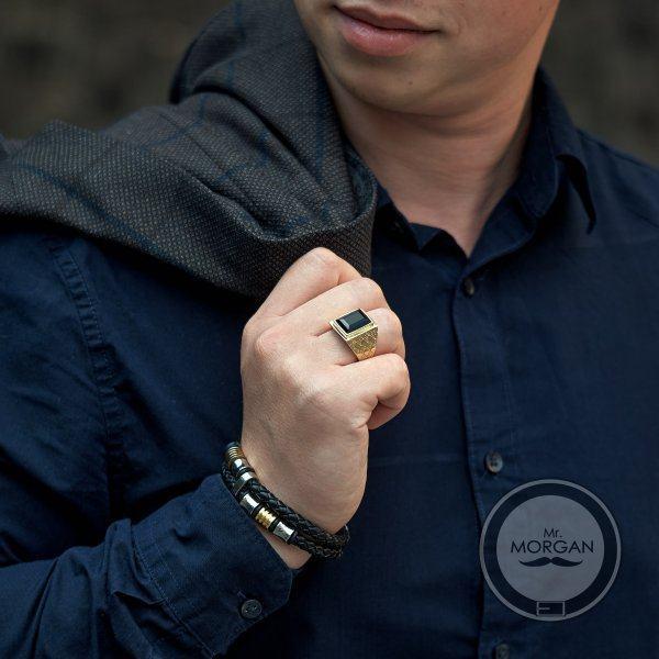 Браслет кожаный с круглыми золотистыми вставками