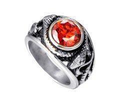 Перстень с красным камнем R199