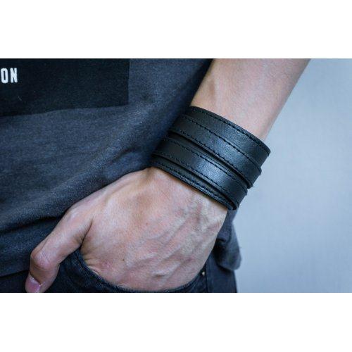 Андерсон браслет широкий из кожи черный QB221
